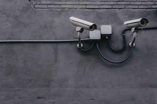 Redenen waarom we slimme bewakingscamera's nodig hebben